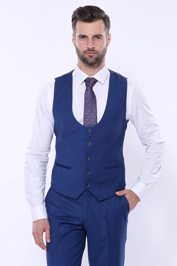Düz Lacivert Sivri Yaka Slim Fit Yelekli Takım Elbise | Wessi