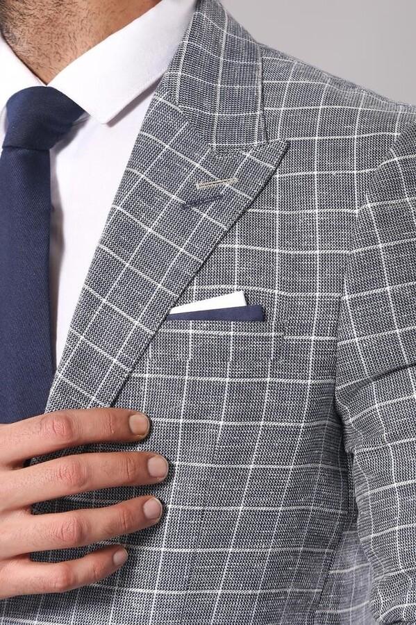 Single Button Pointed Collar Blazer