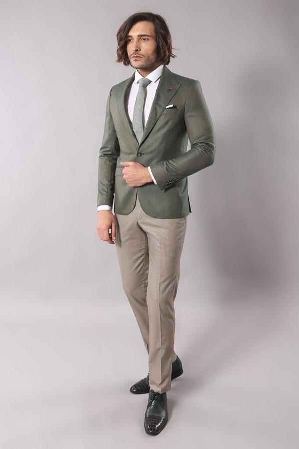 Single Button Wide Pointed Collar Green Blazer