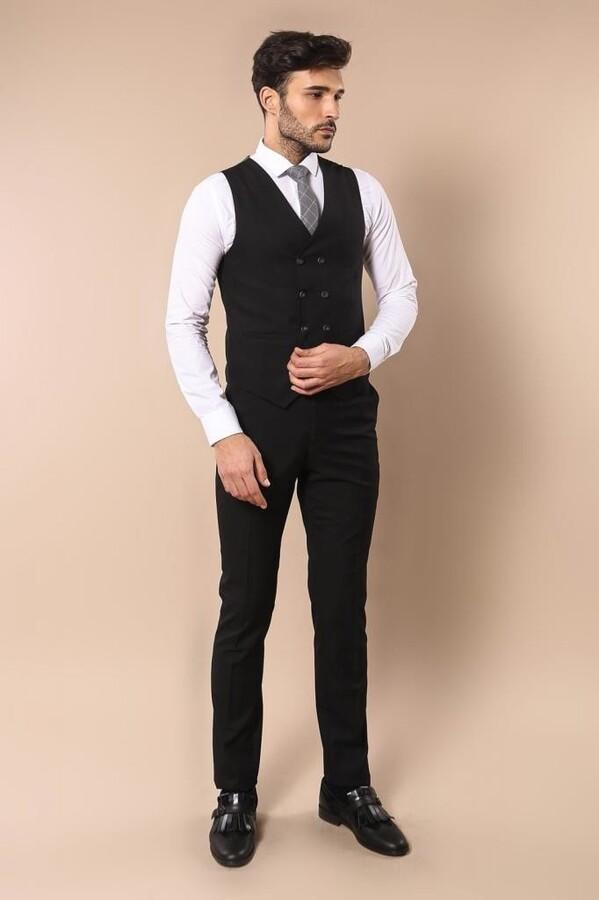 Gri Ceketli Siyah Yelekli Takım Elbise | Wessi