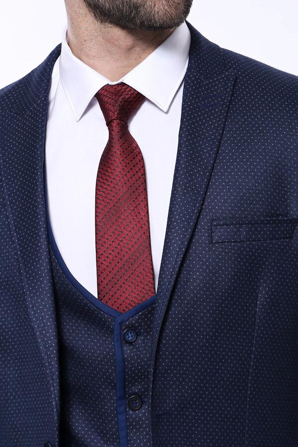 Sivri Yaka Noktalı Lacivert Yelekli Takım Elbise | Wessi